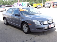 A 2006 Ford Fusion SE
