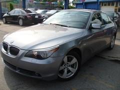 A 2007 BMW 525XI