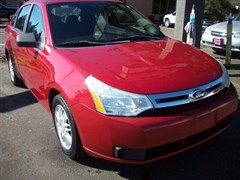 A 2011 Ford Focus SE