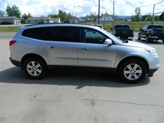 A 2011 Chevrolet Traverse LT