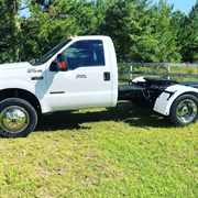 A 2000 Ford F450 Hot shot