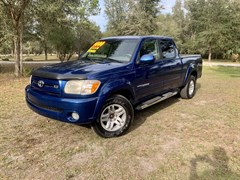 A 2006 Toyota Tundra DOUBLE CAB LIMITED