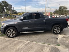 A 2010 Toyota Tundra DOUBLE CAB LIMITED