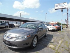 A 2012 Ford Taurus LIMITED