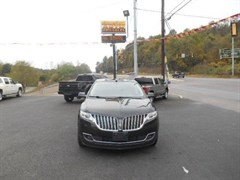 A 2013 Lincoln MKX