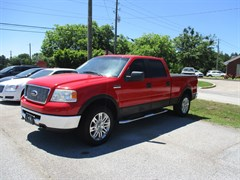 A 2006 Ford F150 SUPERCREW