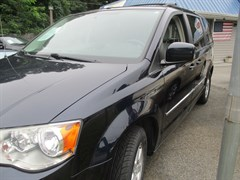 Used 2010 Chrysler Town & Country TOURING PLUS