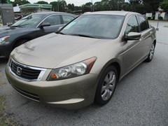 A 2008 Honda Accord EX